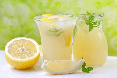 柠檬可以搭配什么榨果汁