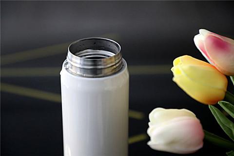 怎样挑选不锈钢水杯