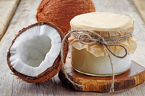 椰子果肉可以用来做什么