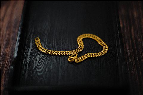 黄金项链怎么清洗最亮