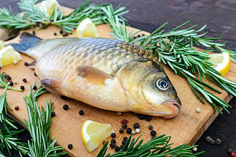 秋刀鱼怎么处理