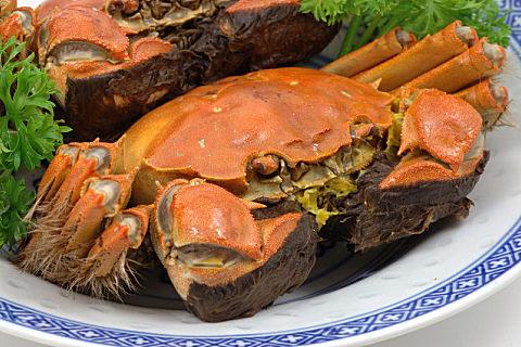吃螃蟹搭配什么比较好