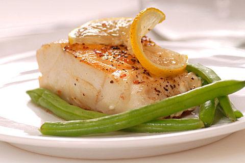 牛肉和鳕鱼哪个热量低