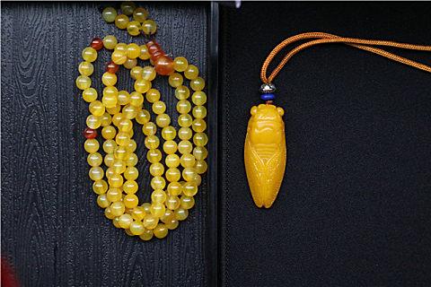 黄玉和黄水晶的区别