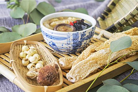 竹荪和虫草花能一起吃吗?竹荪不能和这些食物一起吃