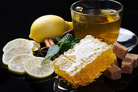 天然蜂蜜需要消毒吗?天然成熟蜂蜜不消毒反而更营养