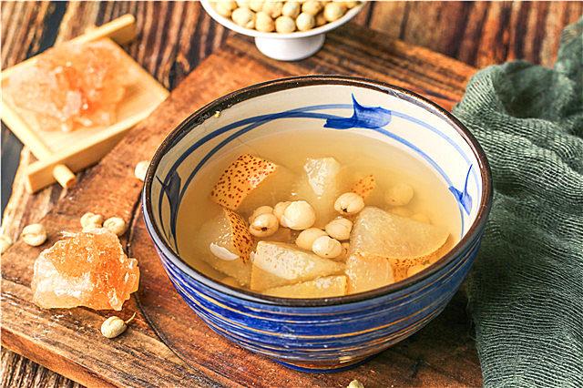 冬季润肺小吊梨汤怎么做?小吊梨汤的功效作用超适合冬季