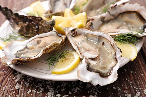 牡蛎可以和南瓜同食吗?
