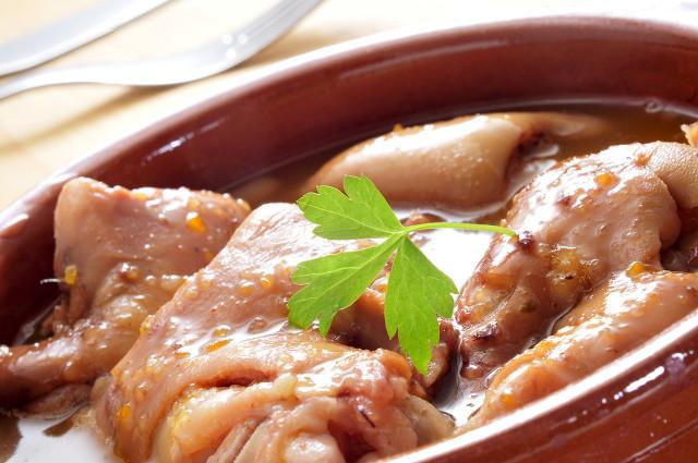 吃猪皮有哪些好处 养颜抗衰老效果好!