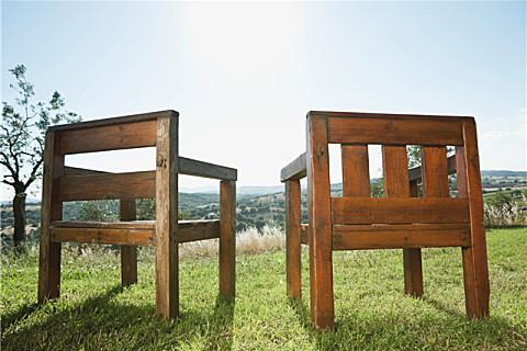 实木家具的保养方法