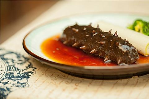 海参怎样煲汤好吃?喝海参汤滋补又美味