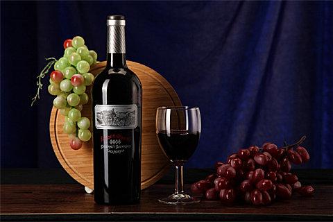 秋天喝葡萄酒有哪些好处