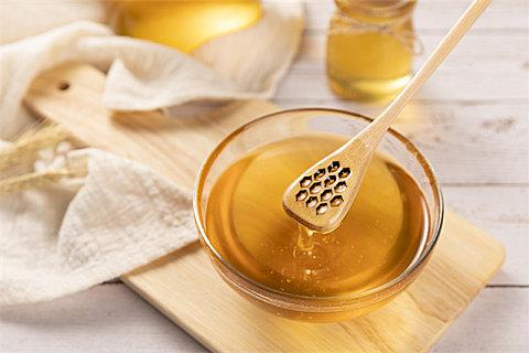 蜂蜜能不能放冰箱保存?喝蜂蜜会不会上火?