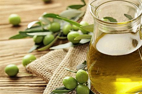 橄榄油能不能炒菜?橄榄油怎么吃比较好?