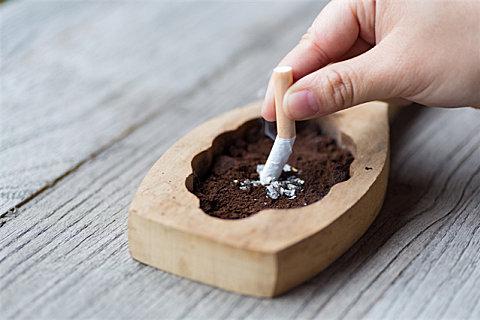 电子烟和香烟谁的危害大