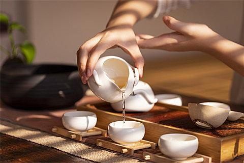 长期喝浓茶有哪些不良影响