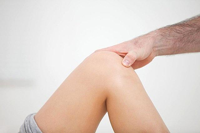 老年人膝盖疼是什么原因