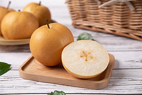 梨水怎么煮好喝?秋天喝梨水的好处作用