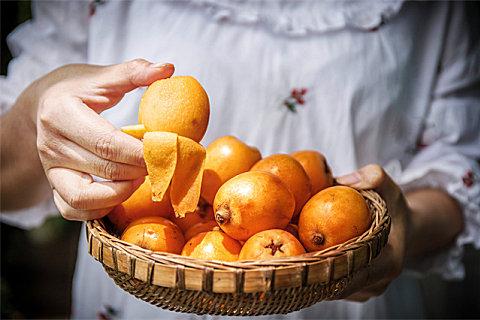 秋天吃枇杷有什么功效?枇杷怎么吃比较好?