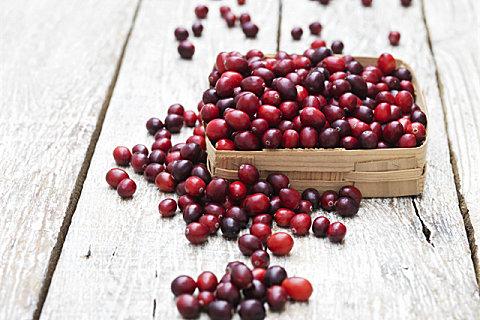 新鲜蔓越莓能不能直接吃