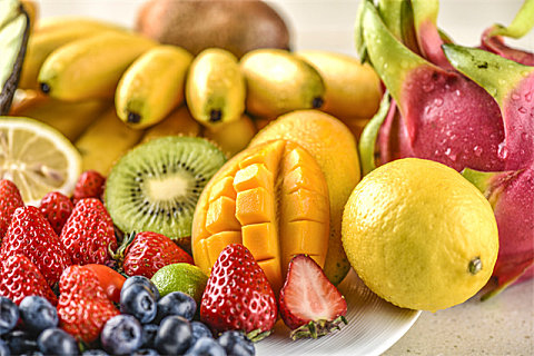 不甜的水果含糖量都低吗