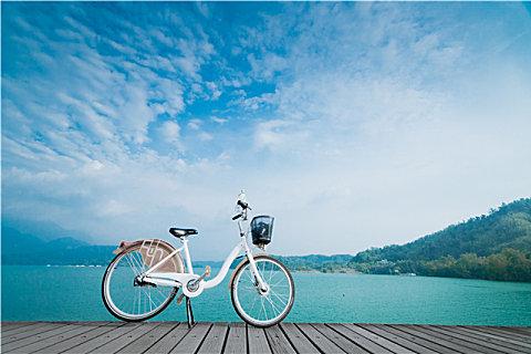 老年人骑自行车锻炼好不好?老年人骑自行车锻炼要注意什么?