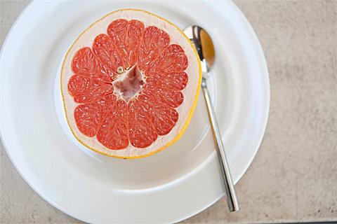 葡萄柚怎么吃好吃