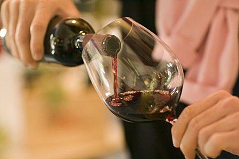 俄罗斯假酒中毒事件已致34死