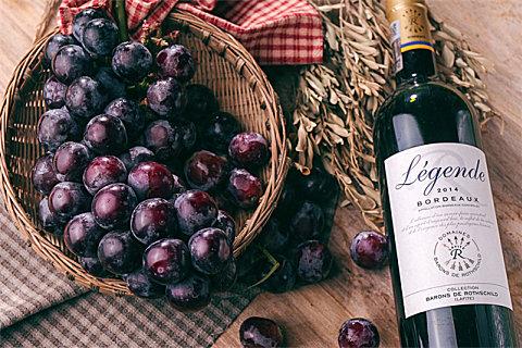 葡萄酒沉淀物太多还能不能喝