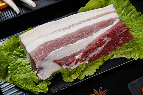 吃肥肉对身体有害吗?吃肥肉有没有好处