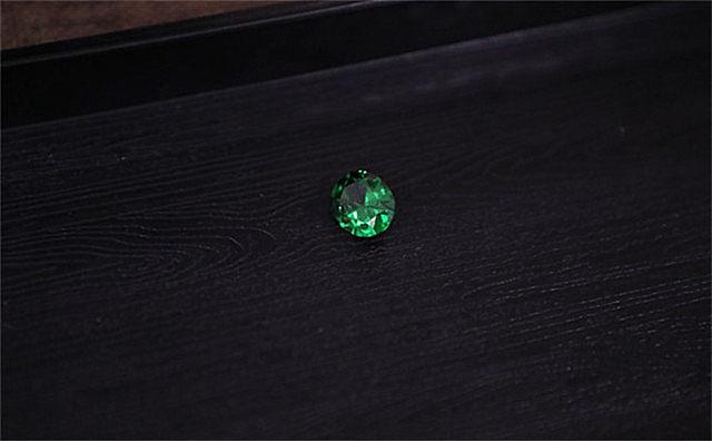水晶和钻石有啥区别
