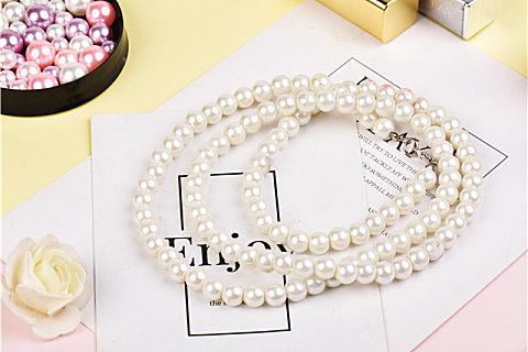 珍珠里面和表面颜色一样吗