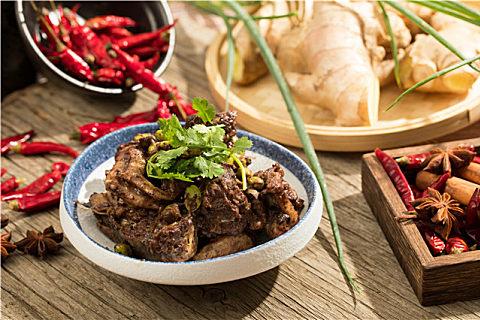 年夜饭湘菜压轴血鸭美味做法