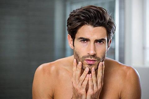 男性皮肤粗糙怎么保养缓解