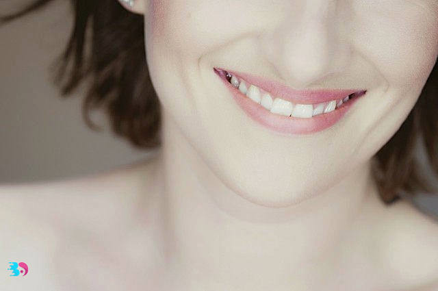 经常笑的人容易长皱纹吗