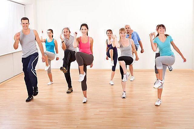 经常踢腿对身体的好处,踢腿要注意什么?