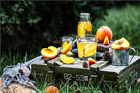 普通桃子能做罐头吗
