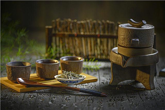 陈茶能喝吗?了解新茶和陈茶的区别,学会辨别新茶和陈茶