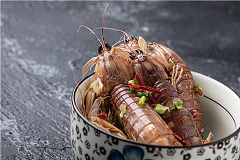 春天适合吃皮皮虾吗