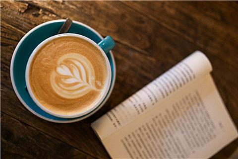 喝咖啡适合用什么杯?陶瓷杯子的优点和缺点