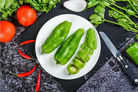 柿椒和青椒的区别