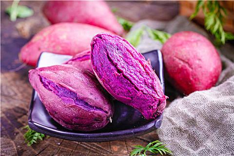 紫薯和草莓能不能一起吃