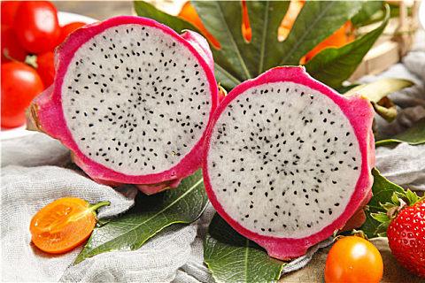 解锁火龙果皮的营养美味吃法