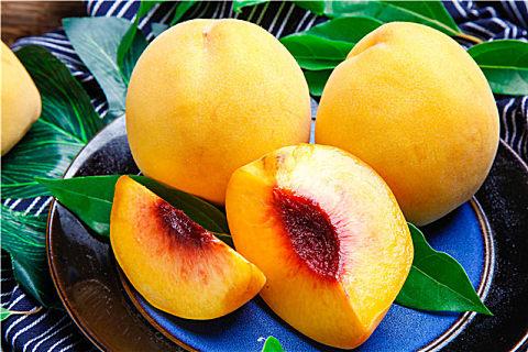 黄桃罐头制作方法