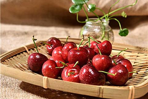吃樱桃会便秘吗?清洗樱桃的方法技巧,干净无残留