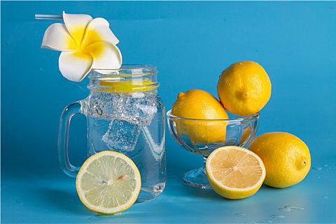 柠檬可以去污渍吗?柠檬去污清洁小妙招