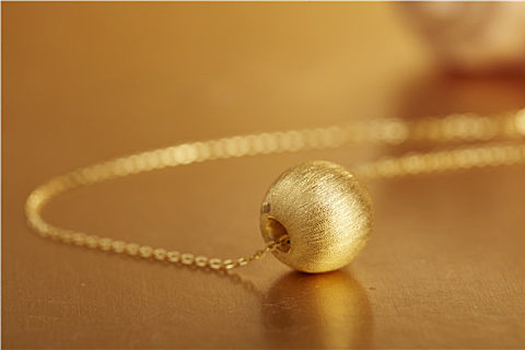 钯金和黄金有什么区别?钯金是否有收藏价值,可别盲目出手